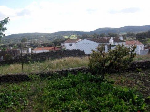 Casa con vistas a la Sierra de Aracena