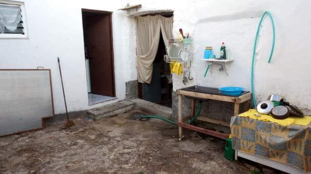 Casa con corral en la Sierra de Tentudia