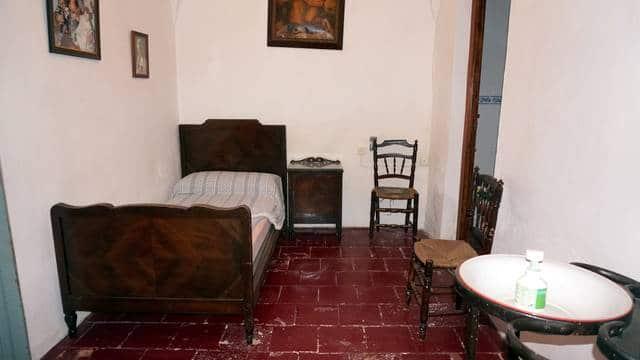 Casa con habitaciones rústicas en la sierra de Tentudía