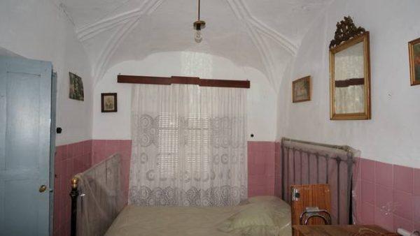 Casa vieja a buen precio