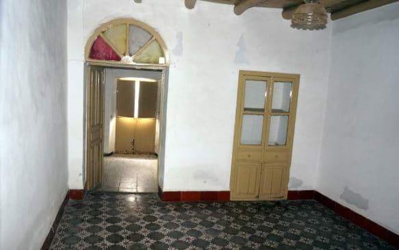 casa de pueblo con salón