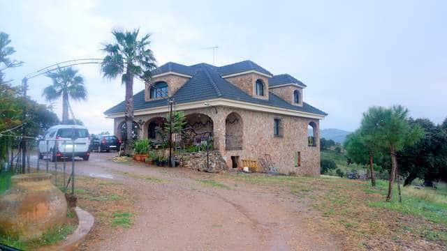 Casa de recreo situada en el campo
