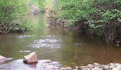 Río Gévora a su paso por la finca