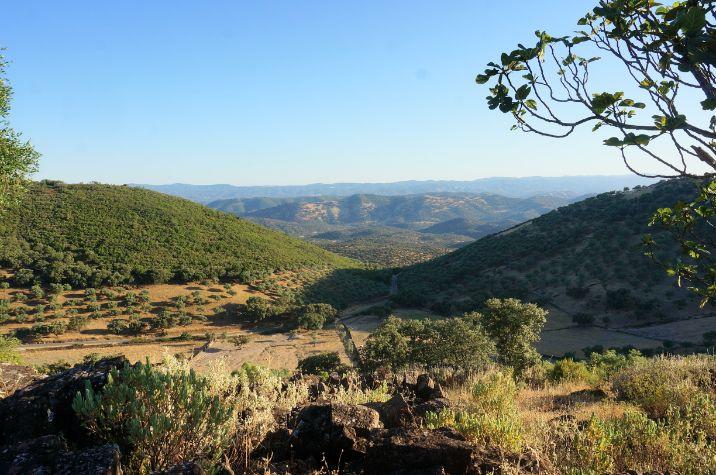 Pisaje de la sierra de Aracena al atardecer