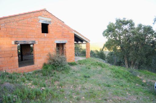 Vista lateral de la casa de campo